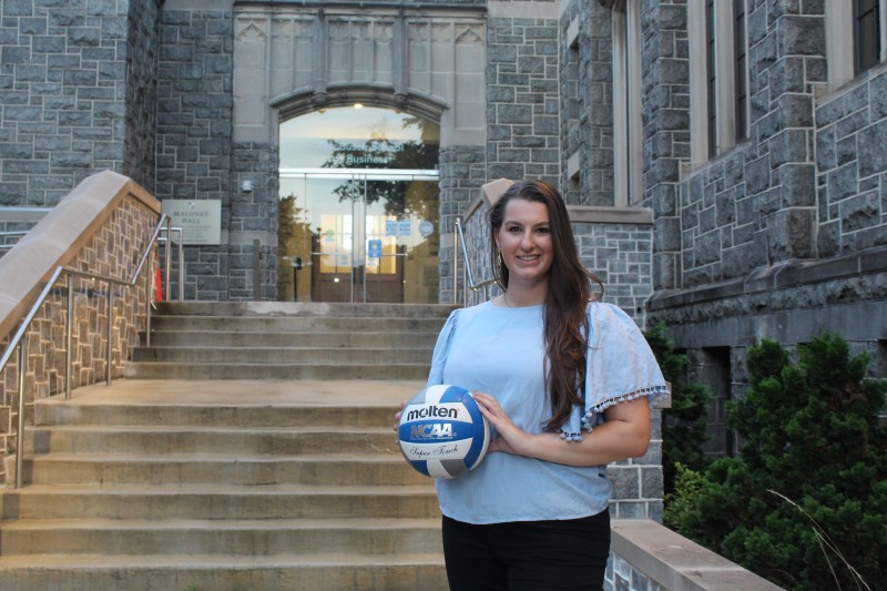Kate Murphy volleyball and professional